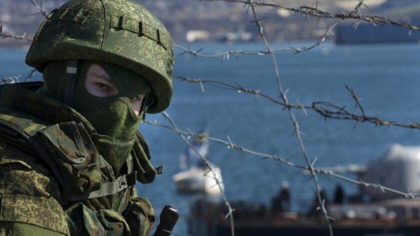 За весну-літо Росія збільшила свій військовий контингент у Криму